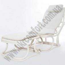 Кресло из ротанга с пуфом 6025
